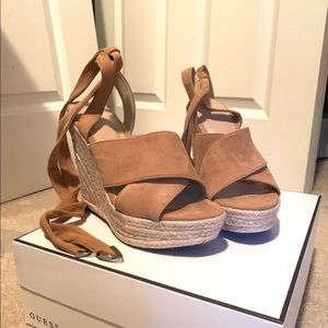 Guess Oshira wedges